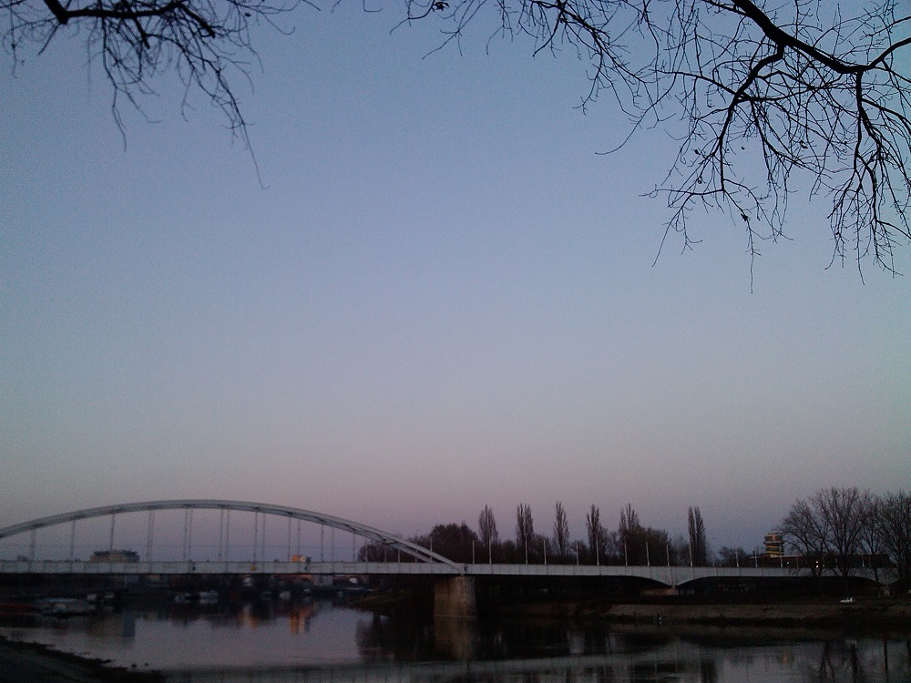 ZZZ_bridge_sunset_szeged